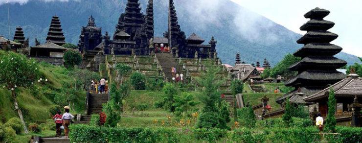 Beberapa Wisata Pura Di Bali Yang Wajib Di Kunjungi