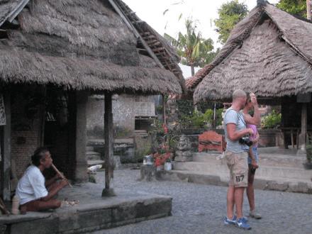 keindahan-rumah-tradisional-khas-bali